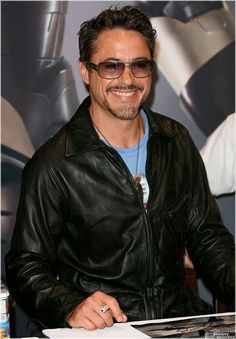 Robert Downey Jr. + black leather =  O M G!!!