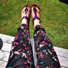 Birkenstock Gizeh, Flip Flops, Birkenstocks, Sandals, Instagram, Shoes, Women, Fashion, Lilac