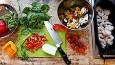 Pasta med spicy scampi og crispy grønnsaker Colorful Food, Scampi, Food Coloring, Spicy, Chicken, Healthy, Kitchen, Fun, Cooking