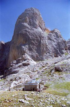 Pico Urriello (Naranjo de Bulnes)   Asturias  Spain