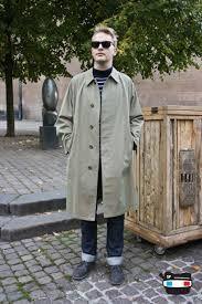 Peter in Copenhagen Street Peeper, Simple Street Style, How To Disappear, Long Trench Coat, Nordic Style, Copenhagen, Raincoat, Guys, Jackets