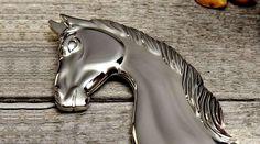 CABEÇA DE CAVALO EM 3D COM ALTO ACABAMENTO – Essa é para deixar de queixo caído os apaixonados por cavalos, aí incluídos cavaleiros, fazendeiros, criadores e donos de haras. A cabeça de caval…