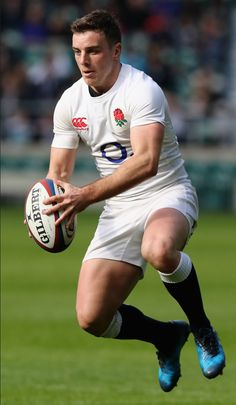 Footy players: george ford of england jocks. Australian Football, American Football, England Rugby Team, English Rugby, Hot Rugby Players, Rugby Shorts, Rugby Men, Rugby League, Sports Activities