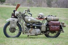 Bucks Indian Motorcycles plenty to look at here - 1943 Indian Model 741 30.50 cu. in. / 500 cc    Found in Russia