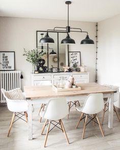 L'image contient peut-être : table et intérieur Dining Room Design, Interior Design Living Room, Dining Area, Living Room Decor, Dining Room Inspiration, Kitchen Decor, Sweet Home, Home Decor, Nordic Home