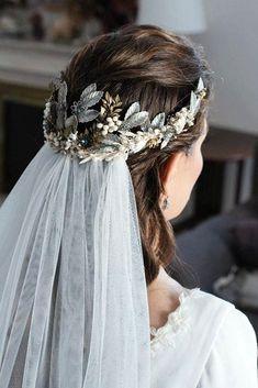 42 Different Wedding Hairstyles With Veil ❤ wedding hairstyles with veil bodehian halo half up half down molina y royo #weddingforward #wedding #bride #weddinghairstyles #weddinghairstyleswithveil