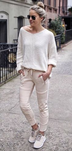 Casual Spring Outfit For You'll Want For Yourself 14 Spring Outfits, Trendy Outfits, Cute Outfits, Fashion Outfits, Summer Outfit, Outfits Inspiration, Mode Inspiration, Sweater Outfits, Skirt Outfits