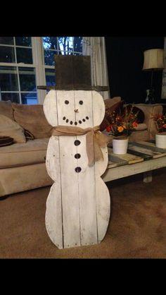 Pallet snowman I made!!