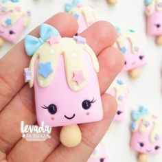 Sculpey Clay, Cute Polymer Clay, Cute Clay, Polymer Clay Miniatures, Polymer Clay Charms, Clay Projects, Clay Crafts, Art For Kids, Crafts For Kids