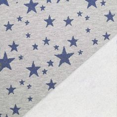 Jogging Fabric With Glitter Star Marine Non stretch sweat  Composition: 65% Cotton 35% Polyester Width: 140 cm Weight: 240 g / m2 Report: Height: 40 cm, width 40 cm  End of bolt. 135cm