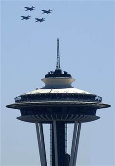 Seattle's Space Needle & The Blue Angels