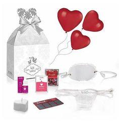 Kit Noiva é para você que deseja ter uma lua de mel dos sonhos. Uma data para ser comemorada e lembrada com muito romantismo e amor. Um momento marcante como este merece todo o cuidado e preparo para ser realmente inesquecível. Neste kit você encontra sedução, delicadeza e estimula sensações únicas de prazer. Compre Aqui:http://www.valentinasexshop.com/kits-sensuais-eroticos/kit-noiva/