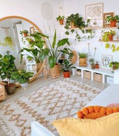 Boho Living Room, Home Living, Living Room Decor, Living Room Plants, Bedroom Plants Decor, House Plants Decor, Plant Rooms, Plant Decor, Muebles Living