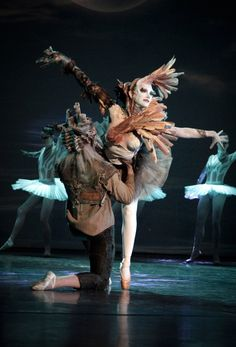 Tate's Industrial Revolution swan is called perhaps the best of its class onstage tonight.