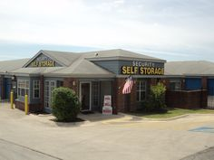 Security Self Storage 210 545 6060 or 210 764 3969   13414 West Ave