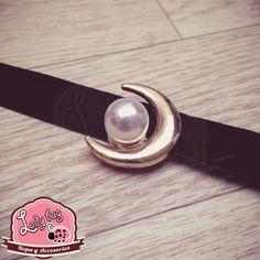 Choker Moon Pearl Cigar Cutter, Ladybug, Bugs, Chokers, Moon, Pearls, Choker Necklaces, The Moon, Lady Bug