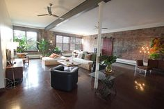 Shell's Brooklyn Loft -  This listing is for the loft as an event space or to rent the entire loft overnight for group accommodations. Prices vary depending on time of year, and what the space will be used for.    We also have an in house chef for events and/ or large travel groups. Please email to discuss quotes.   http://shellsbrooklynloft.com/home/the-loft