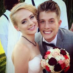 The bridegroom, James Benrud and Madilyn Bailey during their marriage Long Gown For Wedding, Wedding Ceremony, Wedding Gowns, New Music Albums, 54 Kg, We Fall In Love, New Journey, Height And Weight, Getting Engaged