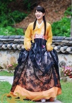 Bae suzy in hanbok!!
