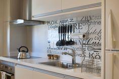 Precisa de ideias para a sua cozinha se manter mais organiza…
