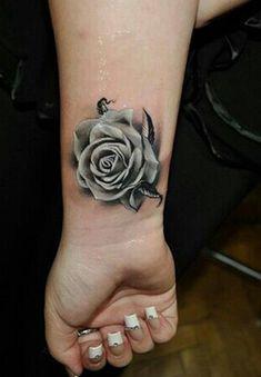 50 Coole Handgelenk Tattoo Vorlagen | http://www.berlinroots.com/coole-handgelenk-tattoo-vorlagen/