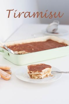 Ein herrliches Tiramisu - nur für Erwachsene :D Rezept natürlich mit Klick ins Bild am Blog. Tiramisu, Baking, Ethnic Recipes, Blog, Kuchen, Food Food, Recipes, Bakken, Blogging