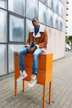 Benedetta Novi jacket, The Elder Statesman jumper in blue, Amiri jeans, Off-White sneakers Fendi, Valentino, Saint Laurent, Fall Winter, Autumn, White Sneakers, Off White, Jumper, Concept