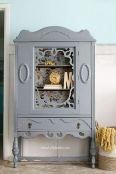 Gorgeous gray hutch with floral paper makeover. Such a dramatic before after fur… Gorgeous gray hutch with floral paper makeover. Such a dramatic before after furniture makeover. Love this gray hutch with pretty floral paper! Retro Furniture, Paint Furniture, Cool Furniture, Repurposed Furniture, Resale Furniture, Furniture Usa, Refinished Furniture, Furniture Removal, Luxury Furniture