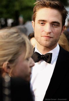 Rob at 'The Rover' premiere at Cannes, 5-18-14 (60)