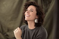 A beautiful place where style, beauty and creativity are not taken so seriously. Founded by Garance Doré. Love Your Hair, Cut My Hair, Beauty Advice, Very Long Hair, Grow Out, Messy Hairstyles, Curly Haircuts, Hairstyle Men, Formal Hairstyles