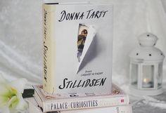 """Paperback Castles: """"Stillidsen"""" af Donna Tartt"""