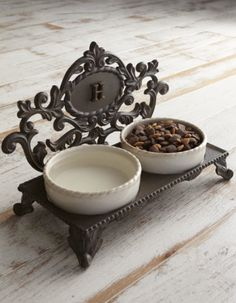 personalized pet bowl holder http://rstyle.me/~39i6Q