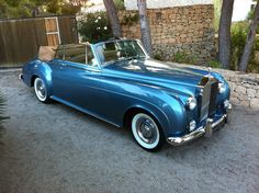 I Love the Rolls-Royce Silver Cloud Classic Rolls Royce, Vintage Rolls Royce, Bentley Rolls Royce, Rolls Royce Cars, Retro Cars, Vintage Cars, Antique Cars, Convertible, Rolls Royce Silver Cloud