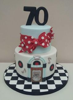 A 1950's Twist  - Cake by The Buttercream Pantry