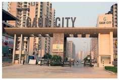 http://www.nirala-india.in/blogs/real-estate/explore-the-ultra-world-class-gaur-city-specification/