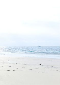 Life is a beach | Sand | Water | Sun | Summer | More on Fashionchick.nl