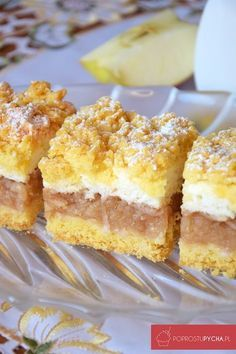 Apple pie with meringue and crumble Apple Cake Recipes, Baking Recipes, Dessert Recipes, Crumble Pie, Easter Dishes, Savoury Baking, Polish Recipes, Sweet Tarts, Pumpkin Cheesecake