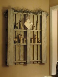 old wood pallet...for figurine displays!
