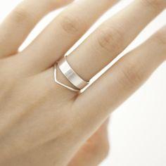 band wave layered ring.
