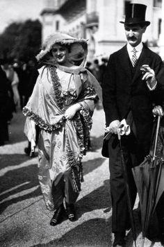 Fashionistas at Longchamps Racecourse, Paris c.1914 via mashable.com