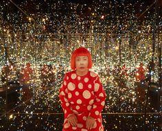 Yayoi Kusama Fireflies on The Water