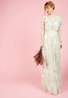 447886dea89 A Gliding Light Maxi Dress in Ivory