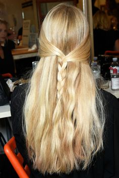 A Hair Look for Every Wedding Guest Situation - ELLE.com