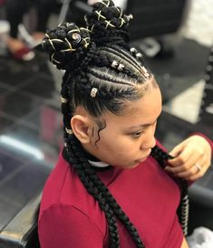 Afro hair is typically associated with natural curls that have a thick, frizzy texture. Such a distinctive type of hair might seem hard to manage, but this has not stopped African beauties from spo… Twist Braid Hairstyles, Black Girl Braids, Braided Hairstyles For Black Women, African Braids Hairstyles, Baddie Hairstyles, Braids For Black Hair, Girls Braids, Trendy Hairstyles, Weave Hairstyles