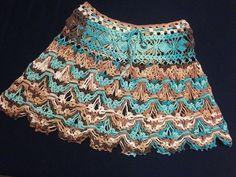 crochelinhasagulhas: Saia em crochê Crochet Skirts, Knit Skirt, Knit Crochet, Crochet Designs, Crochet Patterns, Parte Superior Del Bikini, Hippie Crochet, Crochet Baby Clothes, Zig Zag Pattern