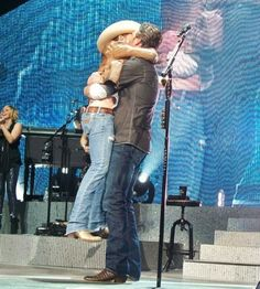 This is too funny. Blake Shelton & Justin Moore. Will never forget this!