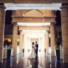 Melanie and Justin celebrated their destination wedding with an elegant evening reception on the Garden Terrace at Four Seasons Hotel Doha.