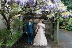 Lucy and Rob's A Midsummer Night's Dream Meets The Great Gatsby Wedding by Joanna Nicole Photography Great Gatsby Wedding, The Great Gatsby, Boho Wedding, Wedding Gowns, Dream Wedding, Wedding Day, Wedding Blog, Bridal Make Up, Wedding Make Up