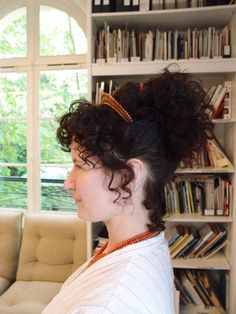How to wear Empire/Georgian combs. Hairstyle c.1806 (Picture Only) Uploaded by Natalie Garbett