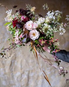 Going going... Just two places left on our second Season of Mists Autumn Bouquet Workshop on 11th October! We'll be making loose romantic hand-tied bouquets using the most beautiful autumnal bounty from our cutting garden speckled foliage dahlias berries Japanese anemones and the last garden roses of the year and styling them for an atmospheric series of photographs. The class will be held at our studio in Shepherd's Bush 10am to 3pm and includes all materials coffee & pastries a light…